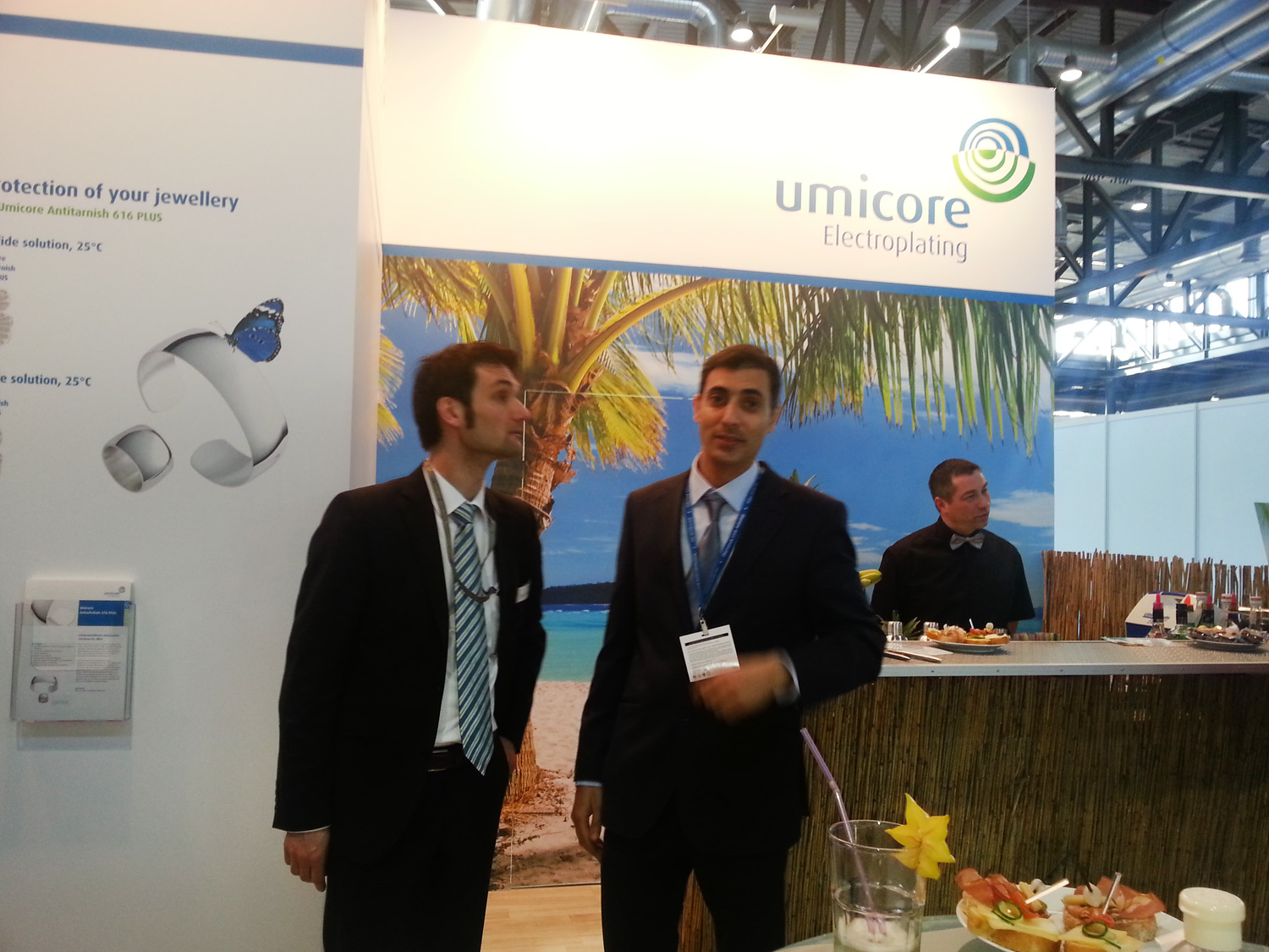 N-Jewellery-Techniques-Director-Mehernosh-Printer-at-Umicore-Stall-in-Freiburg-exhibition-Germany-March-2015